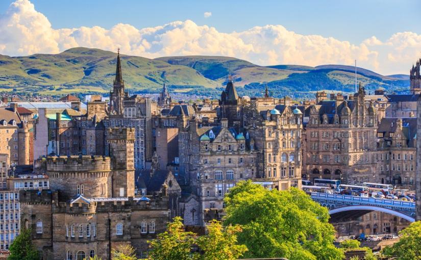 Weekend prelungit în Edinburgh – 144€ (zbor și 3 nopți cazare 4*), in perioada 6-9 martie2020
