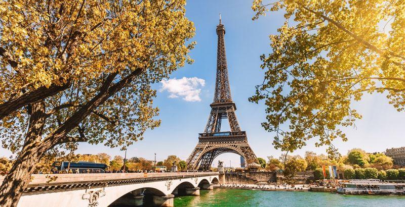 City Break Paris 3 nopți  in perioada 12-15 mai 2020, 218 euro, zbor direct dinBucurești