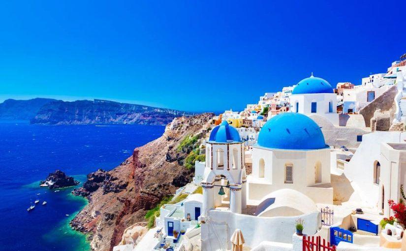 Sejur 6 nopți in Santorini la numai 208 euro. Perioada 22-29 mai 2020, zbor din București cu escala laAtena